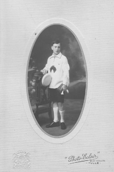 Pierre, vers 1925